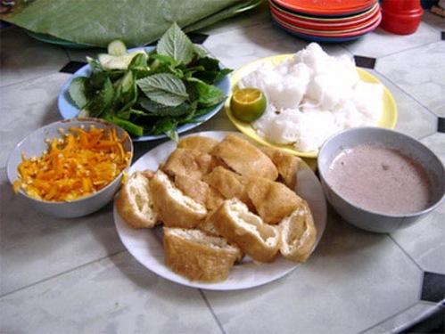 """10 """"nỗi kinh hoàng"""" của khách Tây về ẩm thực Việt Nam Mamtom2"""